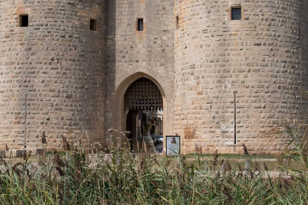 D'Aigues-Mortes entrance