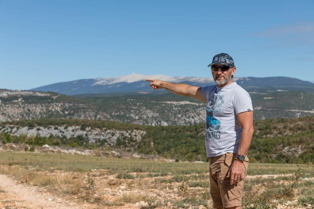 Neal pointing to Mont Ventoux which he proudly cycled to a few days earlier